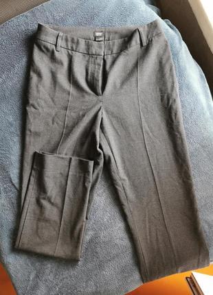 Шерстяные брюки-дудочки со стрелками