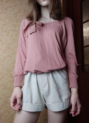 Розовая блузка с бантиком