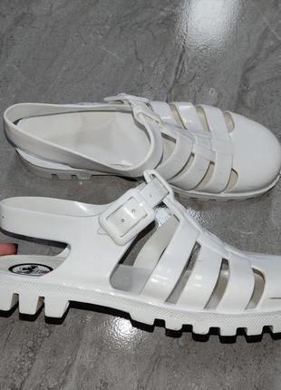 Силиконовые резиновые сандали босоножки