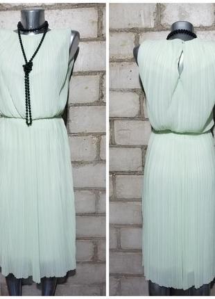 Нежное плиссированное платье миди мятного цвета