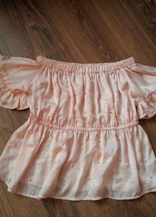 Блуза футболка с спущенными плечами топ