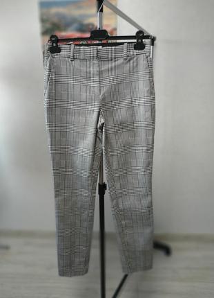Стильные женские фирменные брюки от hm - 38 р