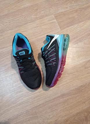 Оригинальные кроссовки в идеале