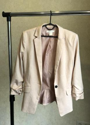 Пиджак h&m пудрового цвета в прекрасном состоянии