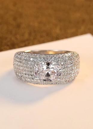 Роскошный серебряный перстень, серебряное кольцо с фианитами