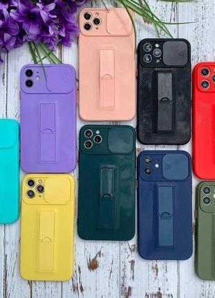 Чехлы на iphone  разных цветов