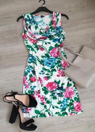 Шикарное платье из натуральной ткани , на лето - идеально