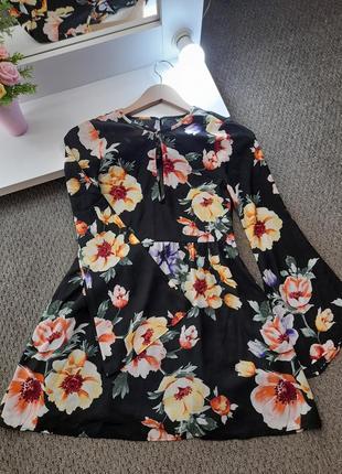Платье шифон на лето с широкими рукавами в цветочное принт