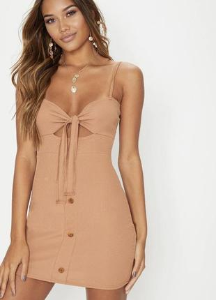 Мини платье по фигуре с пуговицами с завязкой на груди в рубчик prettylittlething