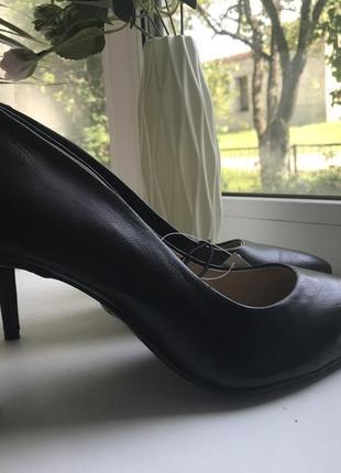 Туфлі на каблуку esmara 40 розмір