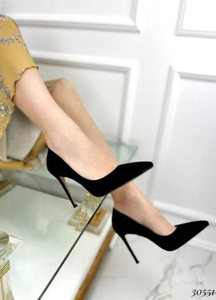 Шикарные женские замшевые чёрные  туфли лодочки на шпильке