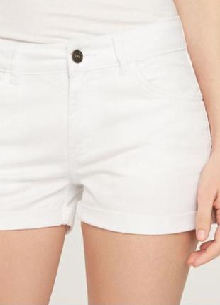 Шорты белые джинсовые reserved