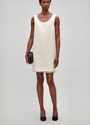 Cos лёгкое нюдовое платье