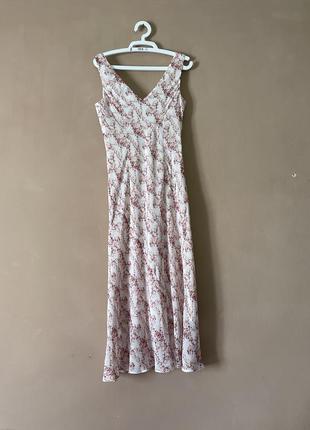 Нежное платье бельевой стиль миди цветочный принт бал