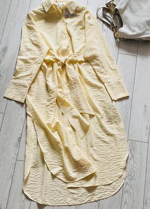 Нежное эффектное платье