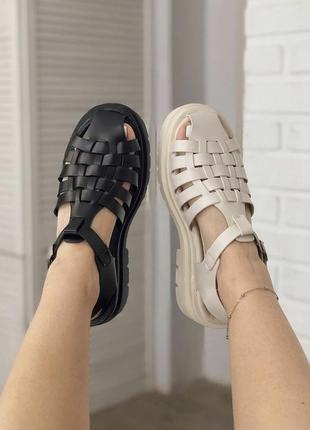 Босоножки сандали с ремешками в стиле zara