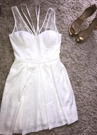 Нова сукня фірми gues