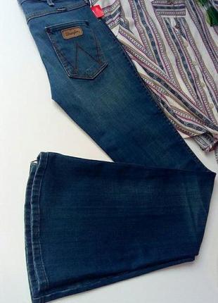 """Жіночі джинси """"кльош"""""""