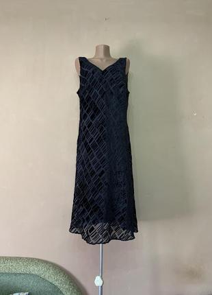 Платье нарядное размер 54 56 marks&spencer , верх платья вискоза