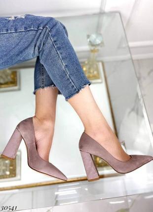 Туфли на широком каблуке эко-замш бежево-серый