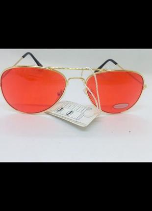 Итальянские солнцезащитные очки с высоким uv фильтром цветные