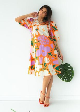 Свободное платье в цветы