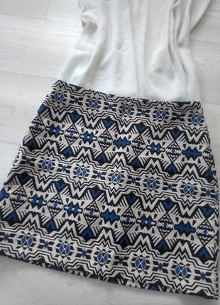 Юбка h&m мини разноцветная орнамент рисунок узор фактурная белая синяя