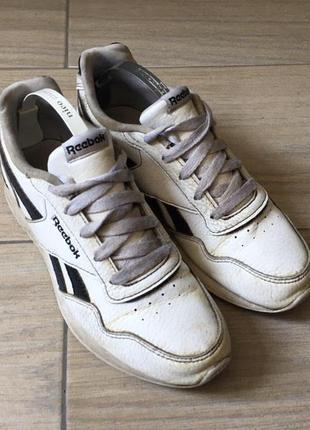Кросівки  «  reebok »  ( розмір 33)