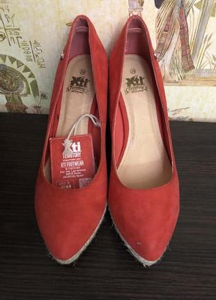 Новые стильные туфли эспадрильи испанской фирмы xti