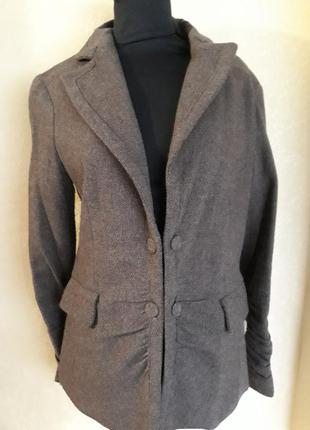Стильный пиджак mango, 100%шерсть