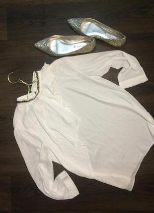 Zara шифоновая  белоснежная блуза с рюшами