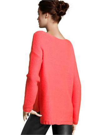 Коралловый свитер с косами нм  h&m оверсайз