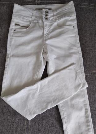 Джинси брюки