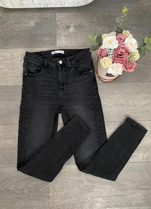Крутые джинсы от zara , серые джинсы, джинсы в обтяжку