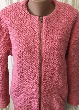 Красивейшее конфетно розовое пальто букле