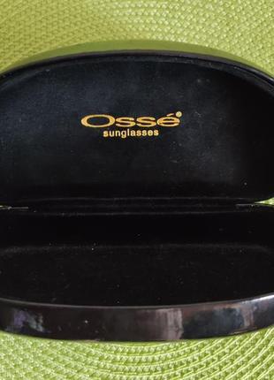 Фирменный футляр для очков osse