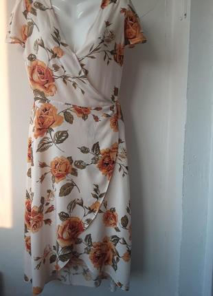 Платье на запах в цветочный принт miss selfridge