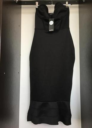 Платье миди по фигуре сукня плаття