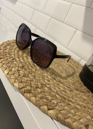 Солнцезащитные очки mark jacobs