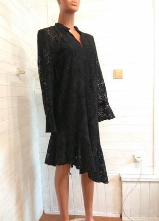 Кружевное платье с комбинацией