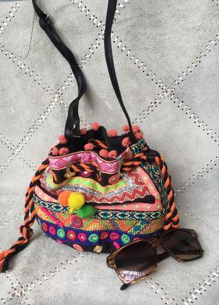 Индия!яркая легкая сумочка-кроссбоди