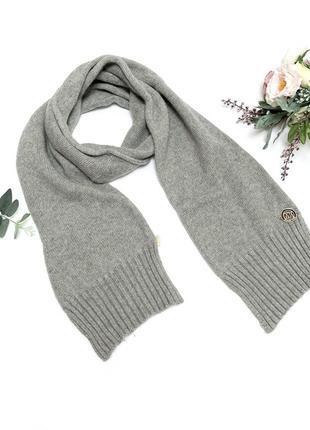 Шерстяной шарф черный вязаный