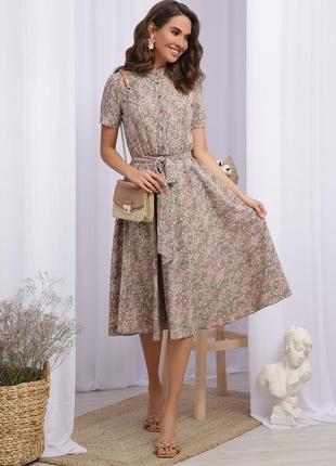 Плаття з ніжним принтом квіточки