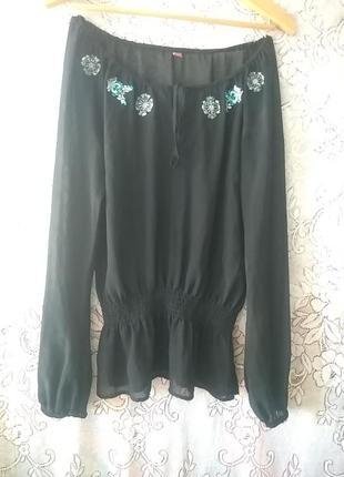 Блуза в стиле вышиванки