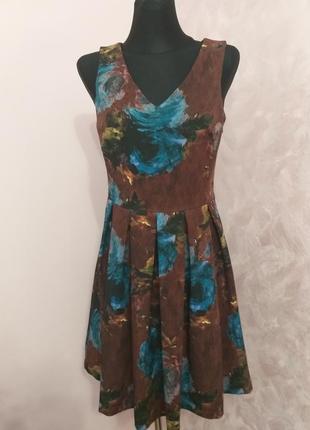 Розкішна сукня/италия/s
