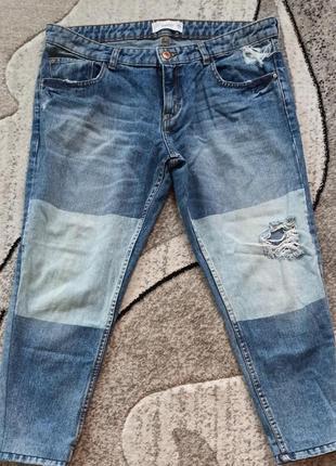 Классные укороченные джинсы mango