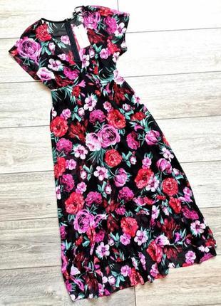 Шифоновое платье в цветочный принт с оборками
