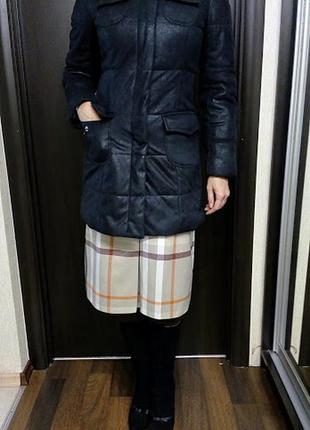 Теплое пальто на синтепоне из эко материалов с карманами и мехом
