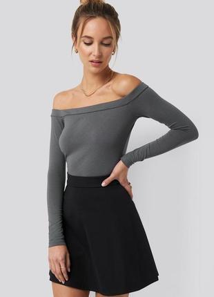 Блуза с открытыми плечами  na-kd / как zara, h&m
