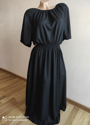 Вискозное чёрное платье миди с эластичной талией